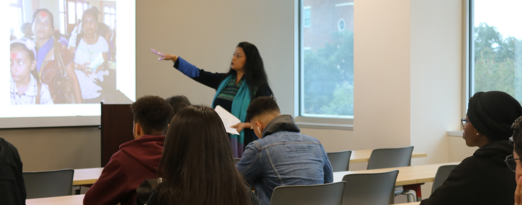 A UIW professor delivers a presentation for students